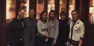 Teambuilding à Verviers. De gauche à droite: Alison Van Uytvanck, Ysaline Bonaventure, Dominique Monami, Maryna Zanevska, An-Sophie Mestach et Elise Mertens.